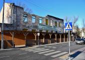 Ruina prywatnego budynku przy ulicy Próchnika (dawna siedziba Metalplastu)
