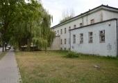 Budynek po przychodni przy ul. Broniewskiego.